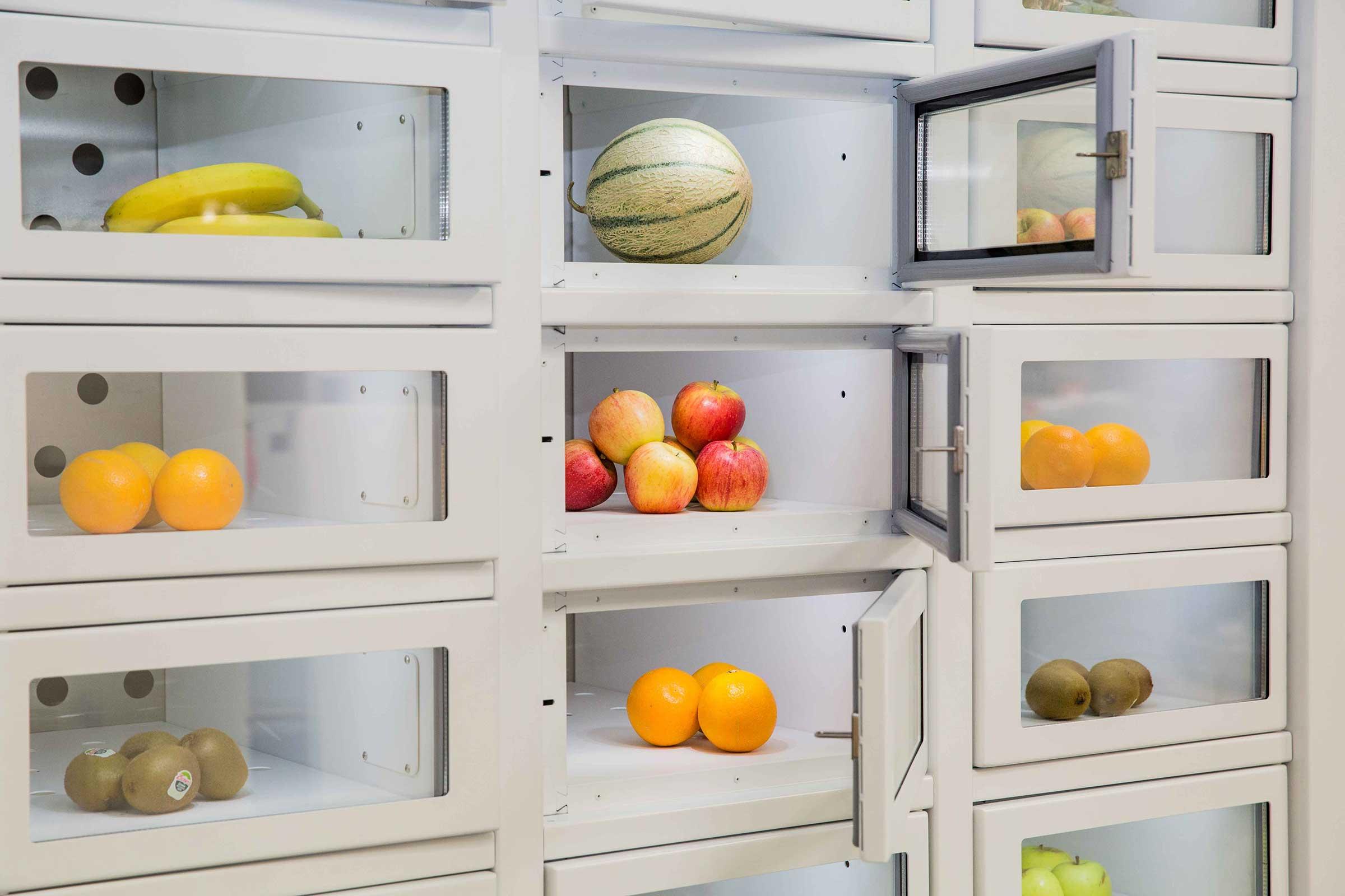 Fruta en una máquina expendedora Le Casier Français